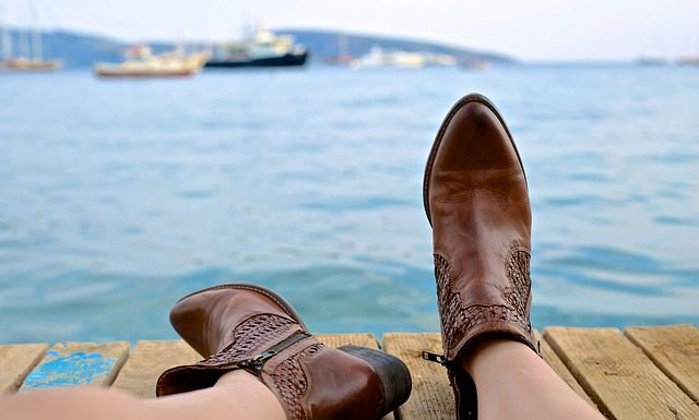 womens frye boots for petites